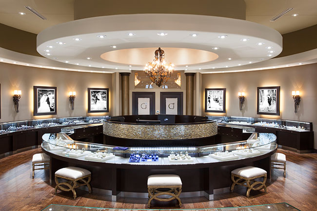 Artco Group (cases), Joe Crews (architect), Leslie McGwire & Associates (interior  design) and Retailspaceplanning (store design): Crocker's Jewelers in ...