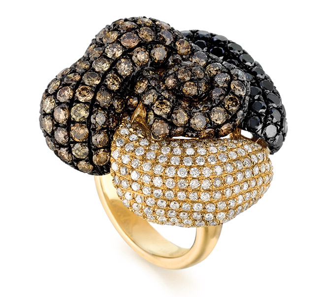 Gold and diamond ring from Royal Jewelry