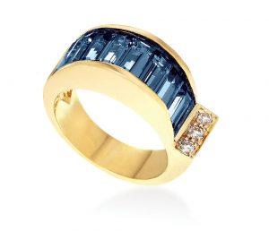 Janis Savitt 14K yellow gold, diamond and London blue topaz ring