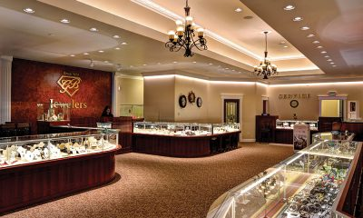 Twin Jewelers Are Standing Tall in Their Oregon Community