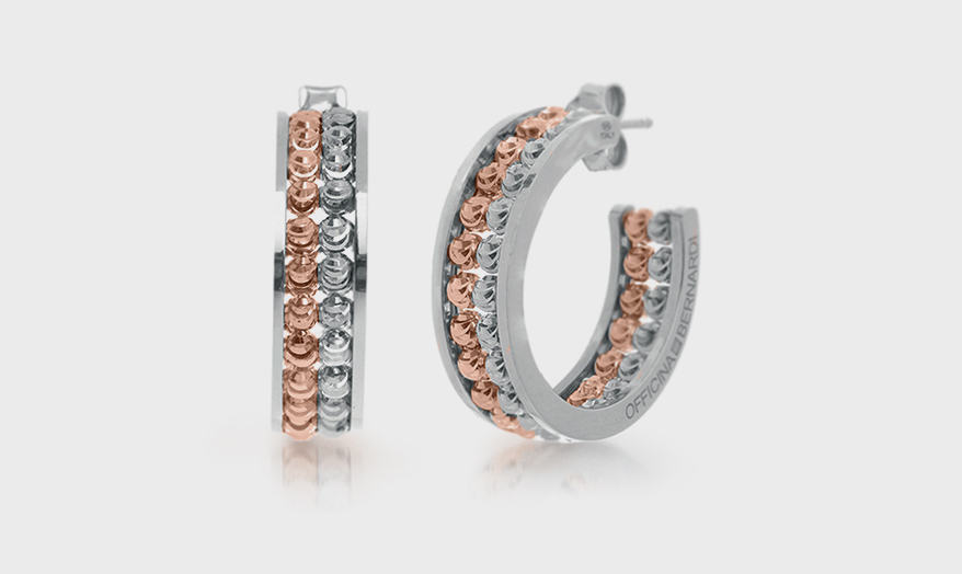 Here Is August's List of Top Selling Jewelry, According to Our Brain Squad