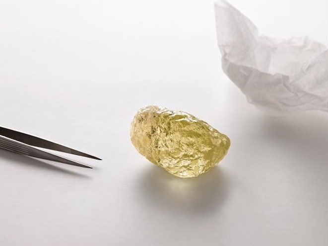 552-Carat Diamond Is Largest Ever Found in North America