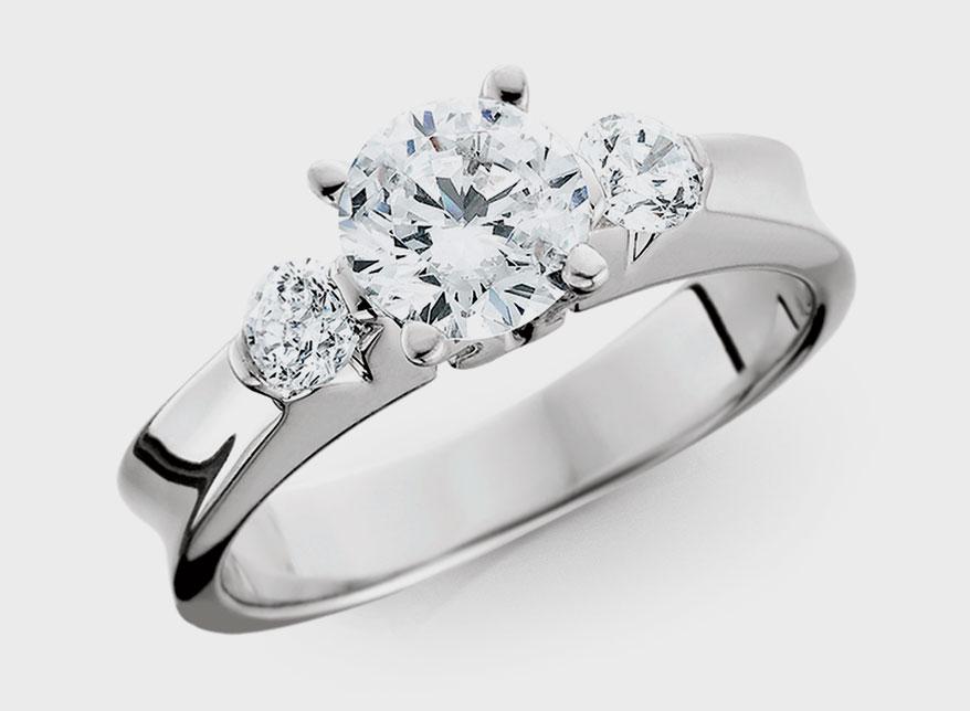 Berco platinum semi-mount with diamonds