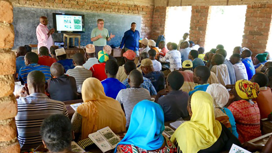 GIA Commits $1.3M to Artisanal Mining Education Project