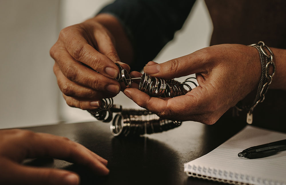 Jeweler's Vow: 'I'm Not Measuring People's Fingers for Free Anymore!'