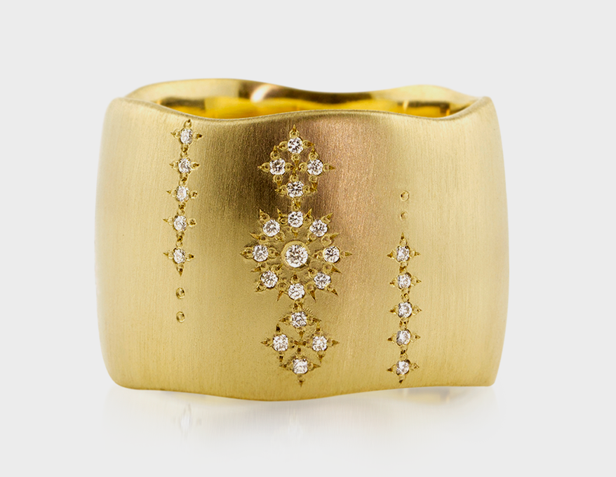 18 Of the Latest Must-Have Ring Styles For The Holidays