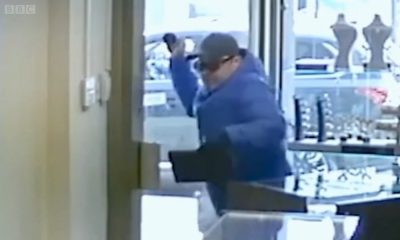 Karma Hits Hard as Bungling Thieves Lock Themselves in Jewelry Store During Robbery (Video)