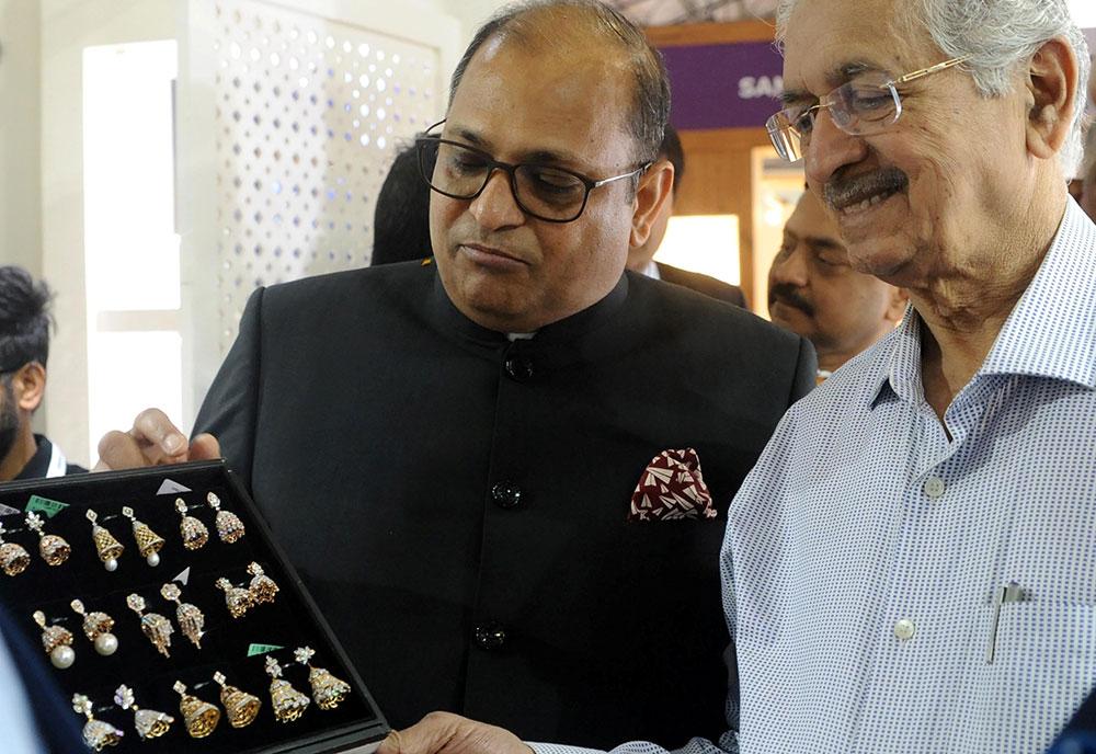 IIJS Signature Successfully Kicks Off 2020 Buying Season at Big Mumbai Event