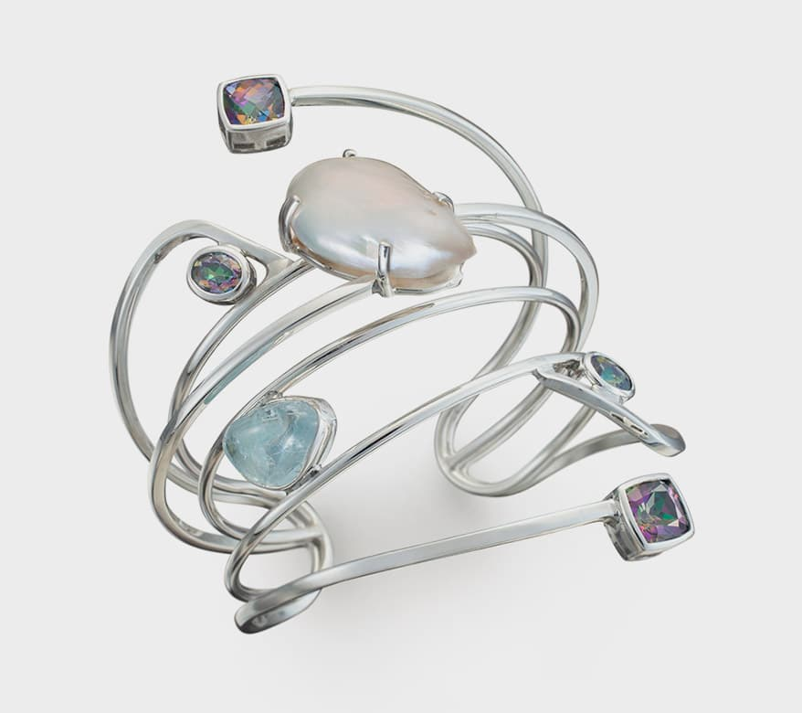Light, Versatile And Shimmering, Here Are 18 New Jewels In Silver