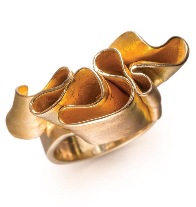 Geralyn Sheridan Designs Ribbon of Gold 14K yellow gold ring