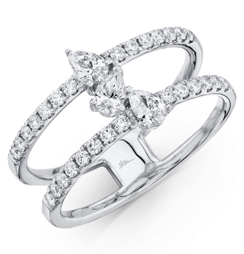 Shy Creation Colette collection ring with round and pear shape diamonds