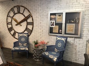H1912 lounge area