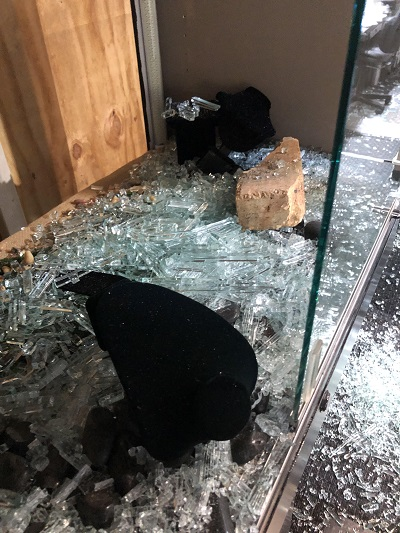Jewelry Stores Hard Hit By Looting Vandalism And Burglary Instoremag Com