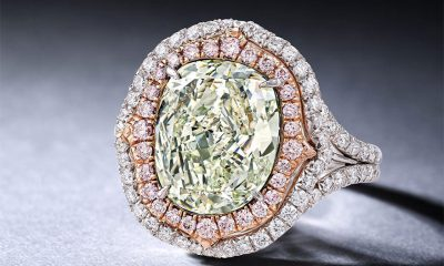 Lot 3001, 4.51-carat Fancy Yellowish Green Diamond Ring