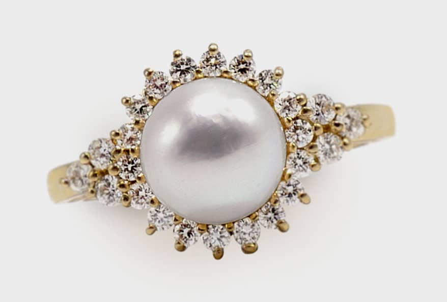 Ashley Zhang 14K yellow gold ring with Akoya pearl and diamonds