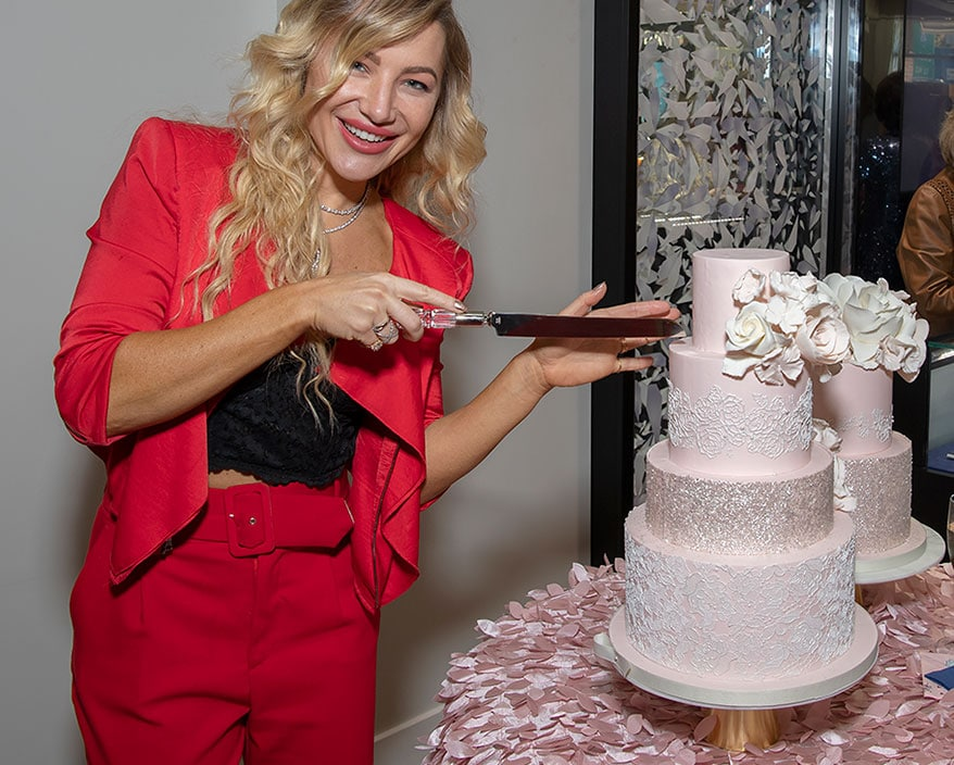 Hayley Paige and cake