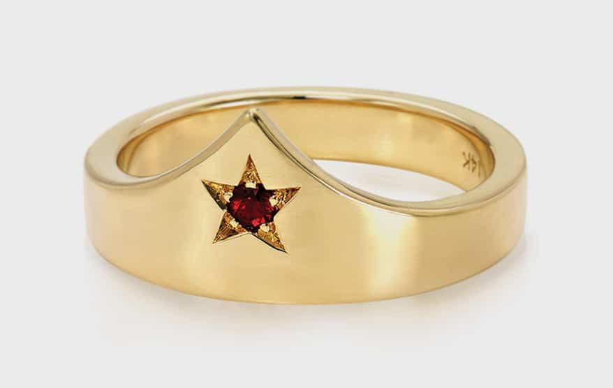 DRU 14K yellow gold ring with ruby