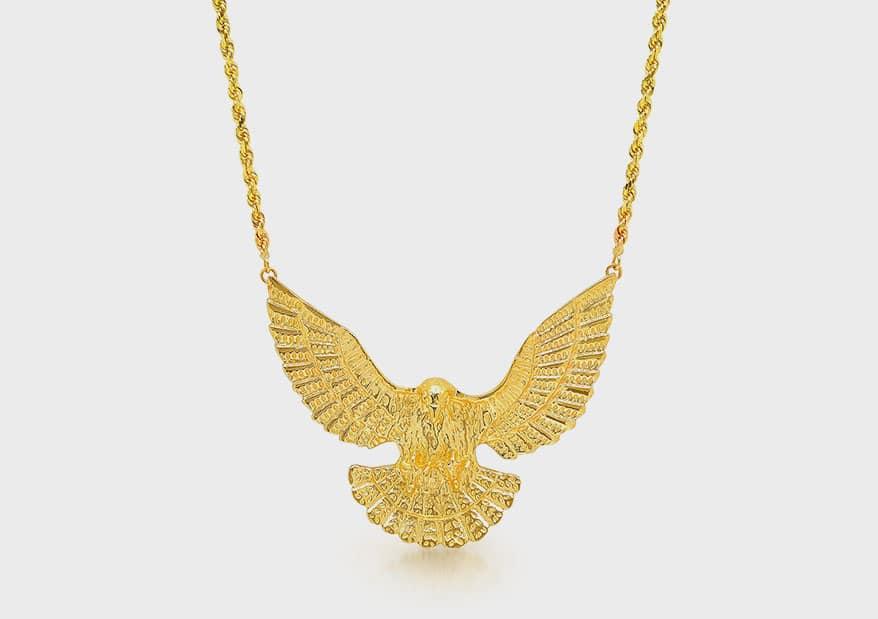 Established 14K gold necklace.