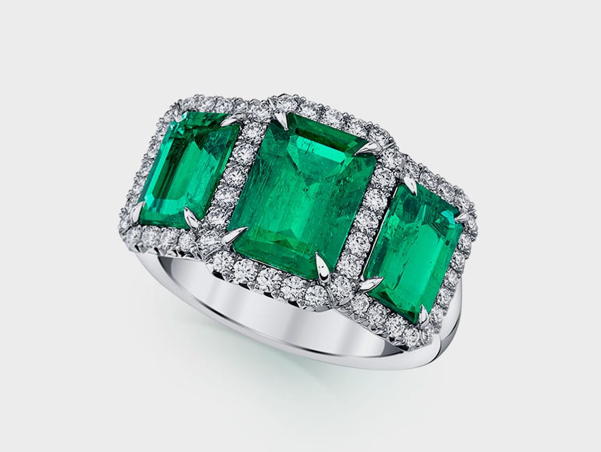 POMPOS Jewelry Platinum ring with emeralds and diamonds