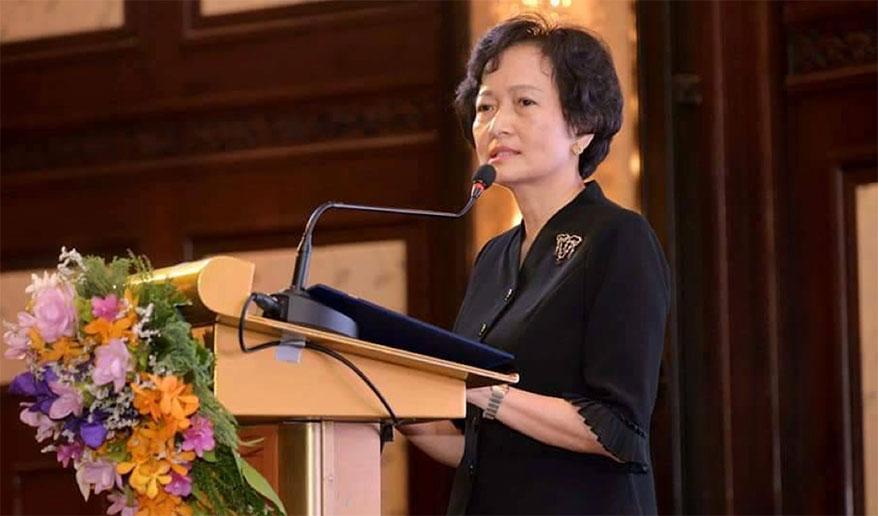 Nuntawan Sakuntanaga speaks at the 17th International Colored Gemstone Association (ICA) Congress held in Bangkok, Thailand in October 2019.