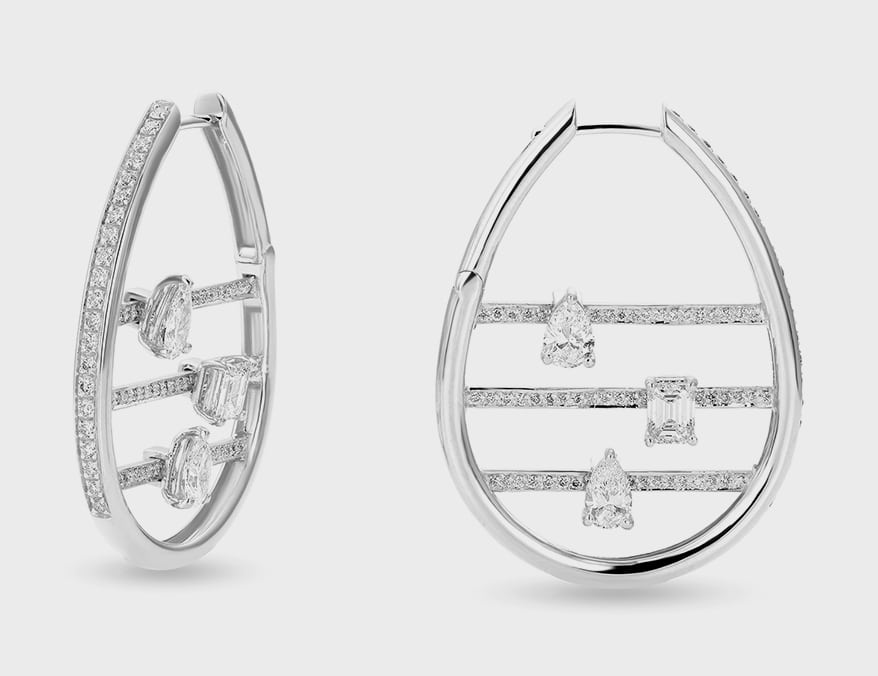 18K white gold earrings with diamonds.