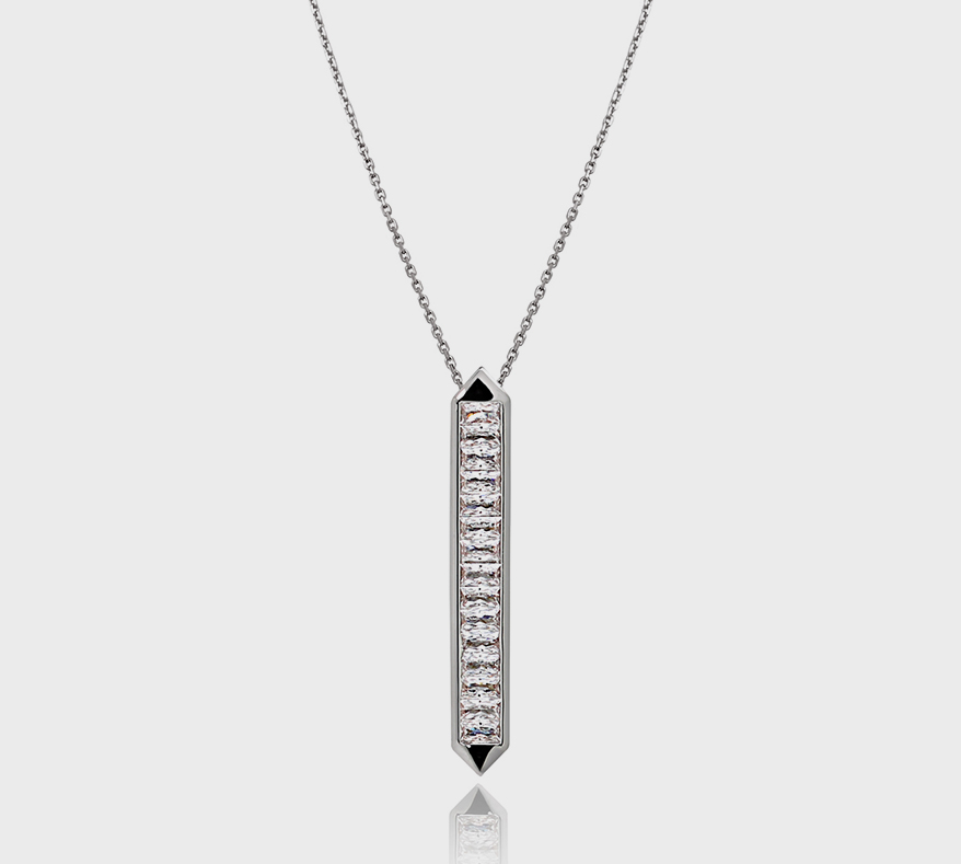 18K white gold necklace with cultured diamonds.