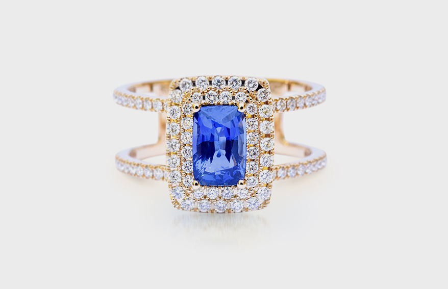 Kimberly Collins Colored Gems 18K yellow gold ring with sapphire and diamonds.