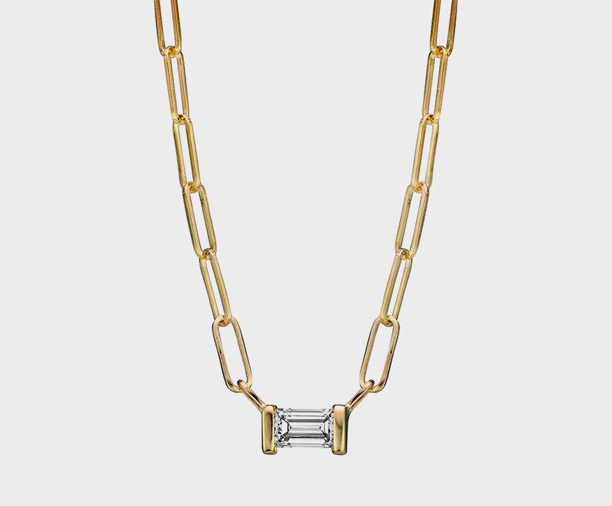 Collier Lafia Jewellery en or jaune 14K avec diamant baguette.