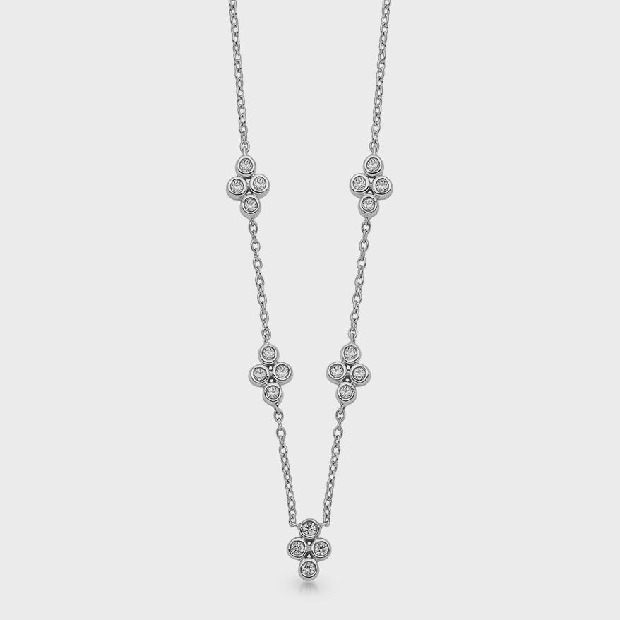 Collier en or blanc 14K de qualité avec diamants.
