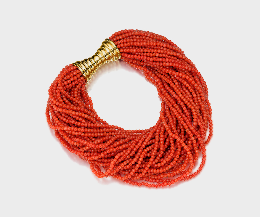 Assael Responsibly sourced Sciacca coral bracelet with 18K yellow gold.