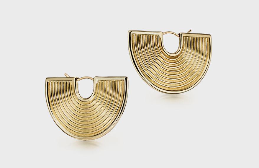 Futura Jewelry 18K yellow gold earrings.
