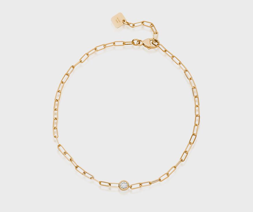 Nouvel Heritage  18K yellow gold bracelet with diamond.
