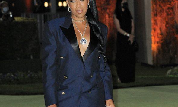 Regina King Is Celestial in This Major Louis Vuitton Pendant