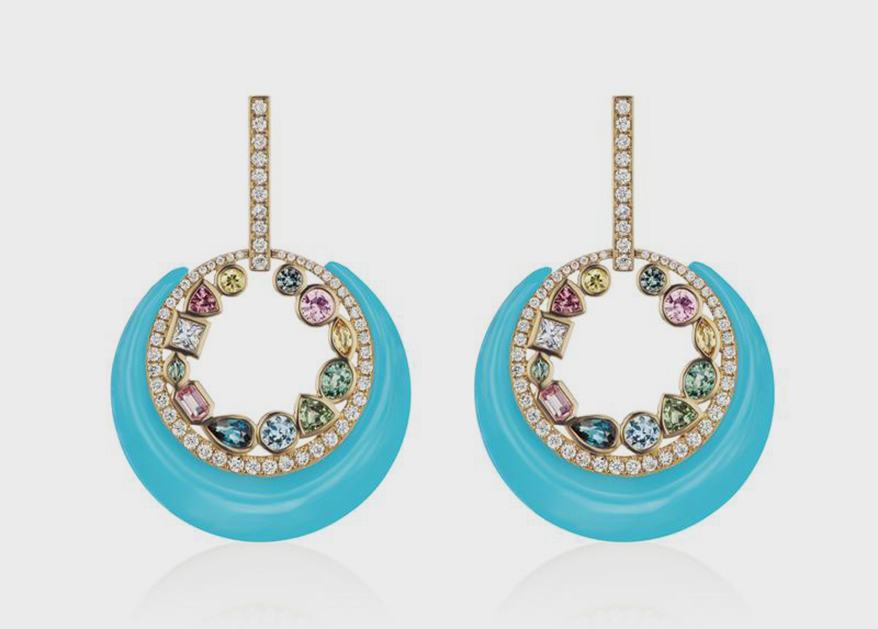 Sorellina Monroe MOD earrings in 18K yellow gold with carved turquoise and bezel-set multi-colored sapphires.